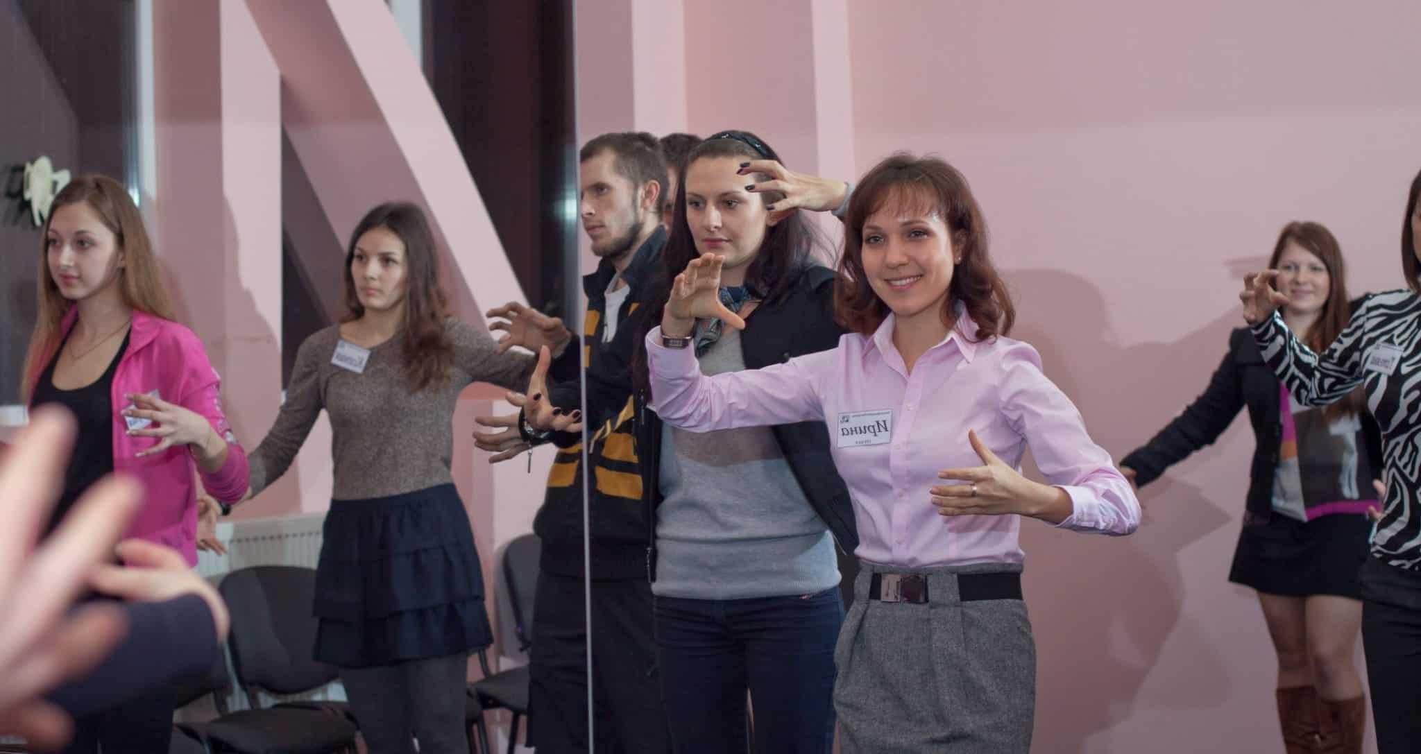 Обучение жестам. Тренер Палько Ирина