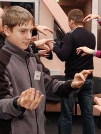 Жесты. Обучение жестам оратор. Жесты. Жестикуляция. Жесты рук. Жесты оратора